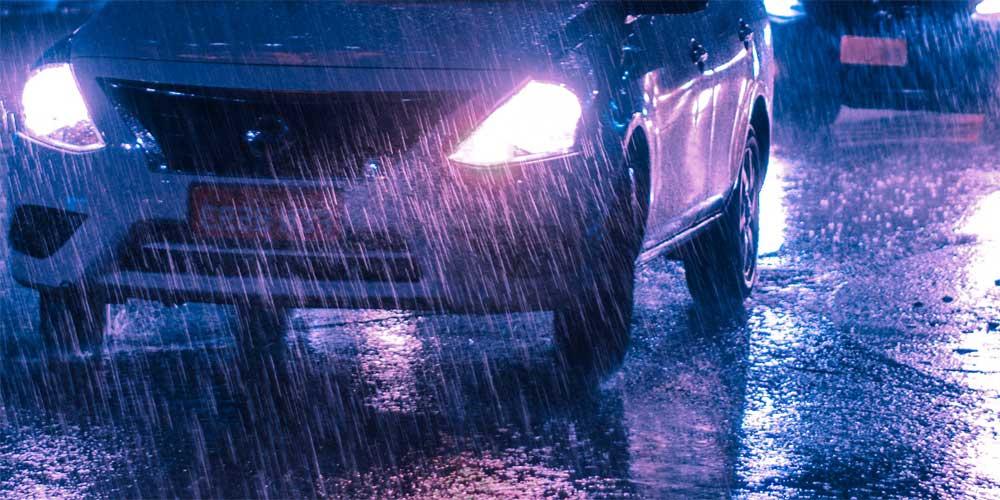 Driving In Rain / Photo by Victor Miyata